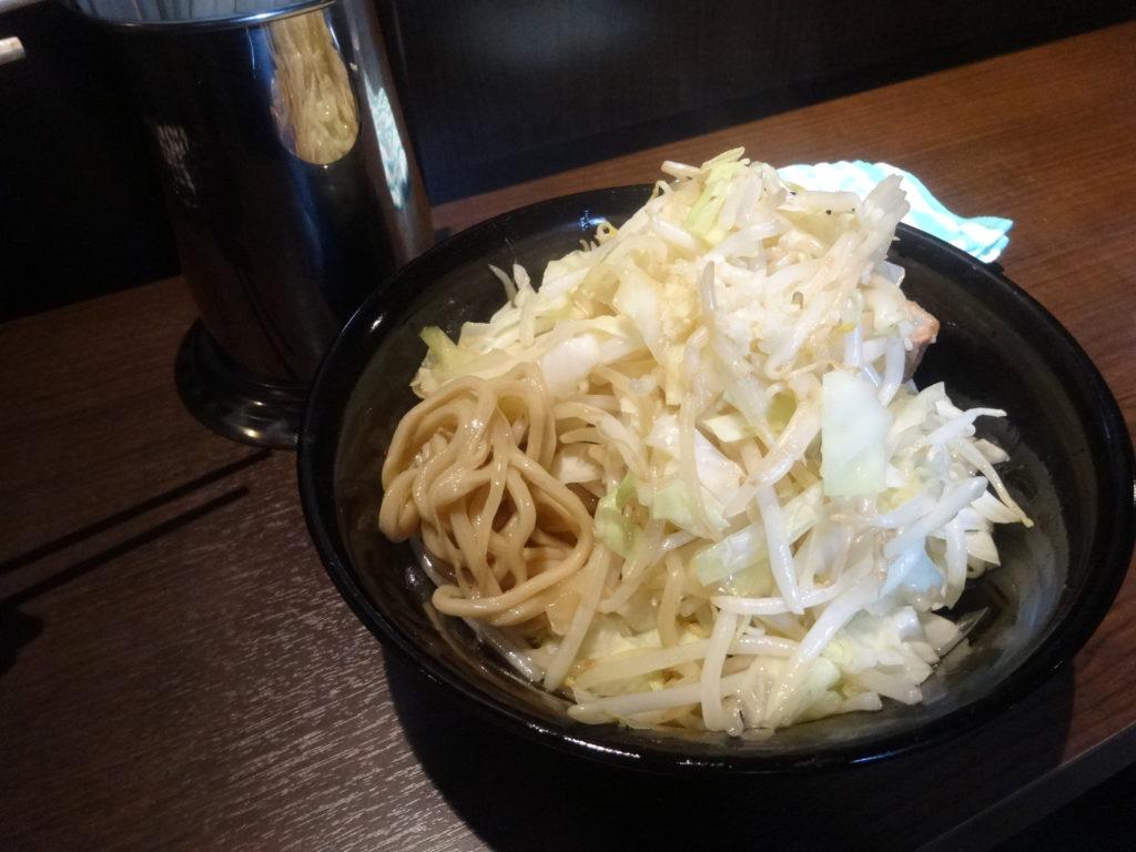 ダッパーダンヌードル@五反田 汁なし醤油の麺
