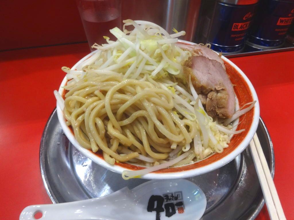 ラーメン タローの麺