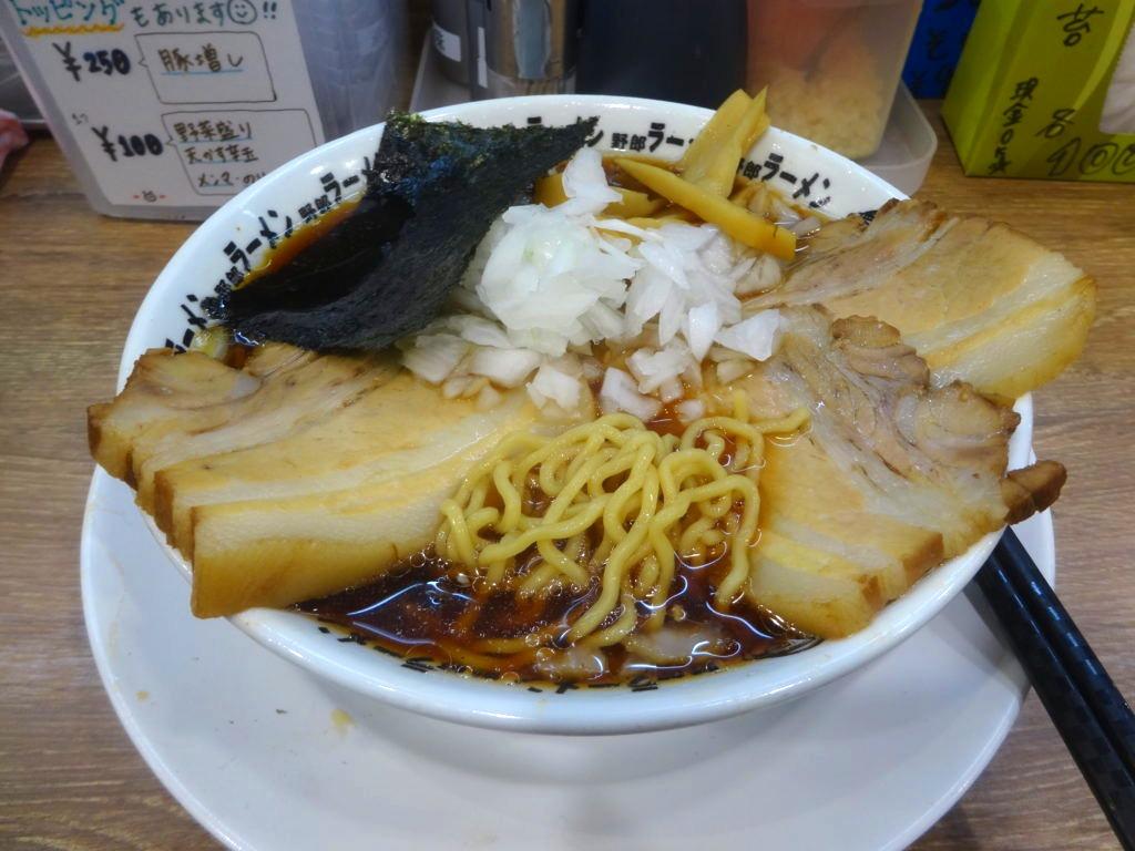 竹岡式肉醤油の麺