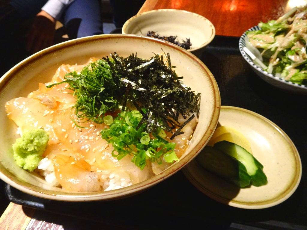 旨出し汁海鮮丼