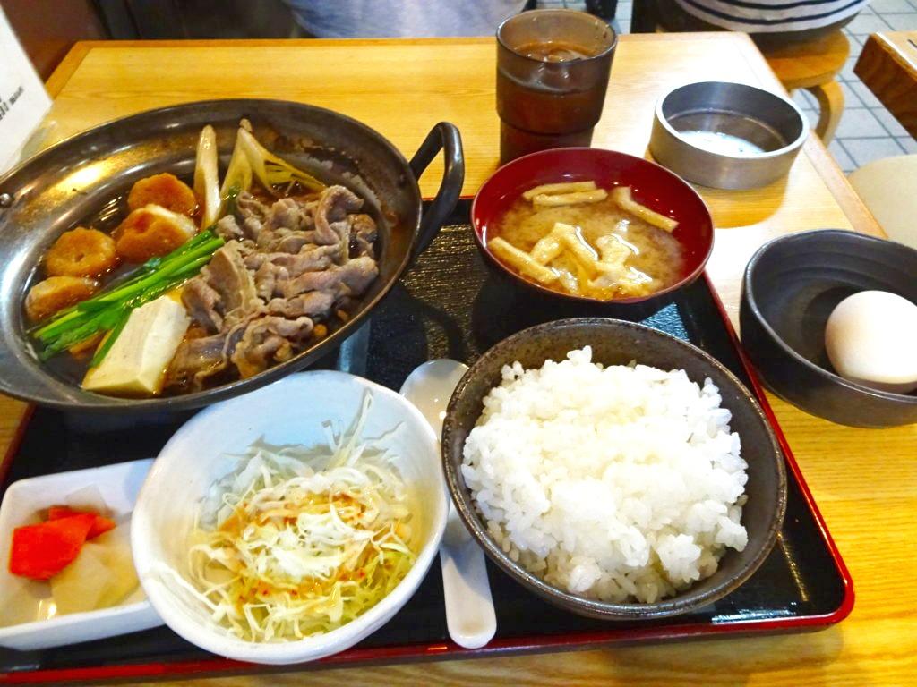 牛鍋(すき焼き)定食