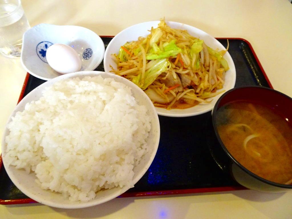 あづき@新宿三丁目 豆板醤肉野菜炒定食