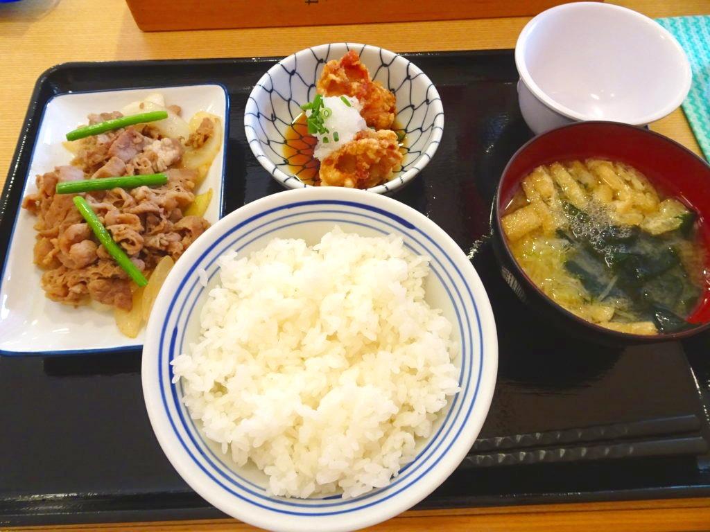 東新宿食堂 (まいどおおきに食堂)の定食