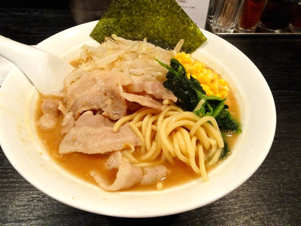 大勝軒 まるいち 季節限定の味噌ラーメンの麺