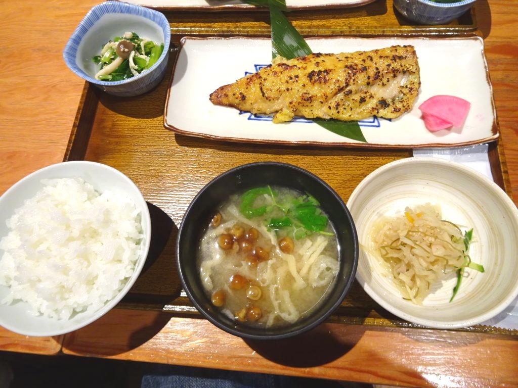鯖のふき味噌焼き定食