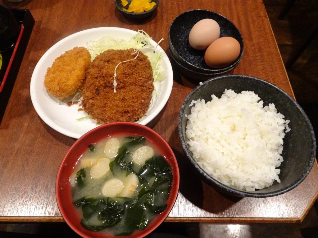 さくら水産 新宿三丁目 日替定食B フライ盛り(メンチカツetc)