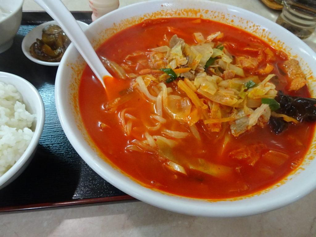 辛口海鮮ちゃんぽんの麺