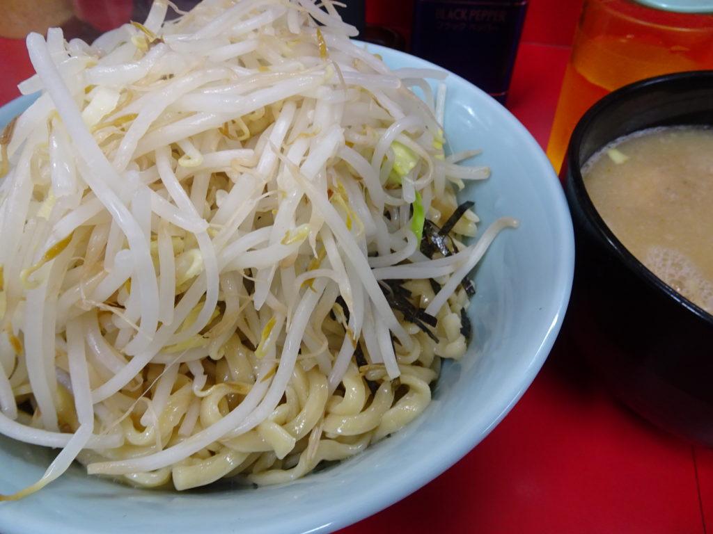 歌舞伎町二郎 大つけ麺の麺