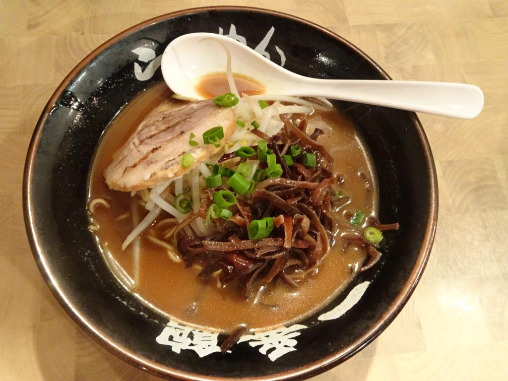 中華食堂 一番館 目黒店 とんこつらぁ麺