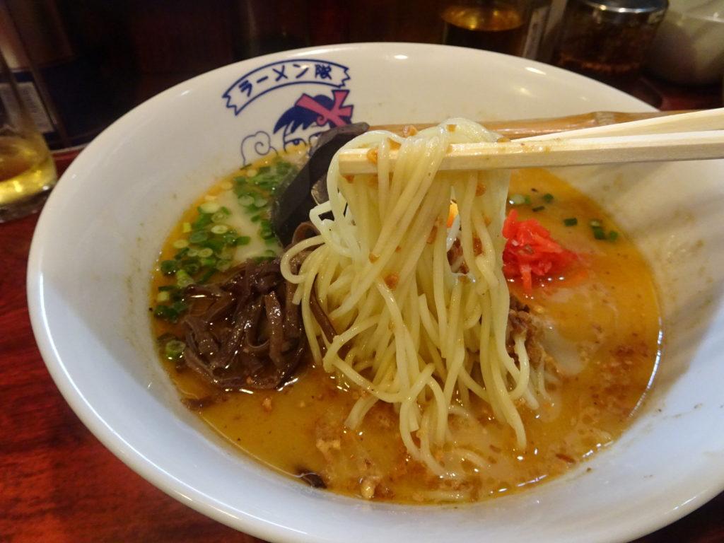 熊本ラーメンの麺