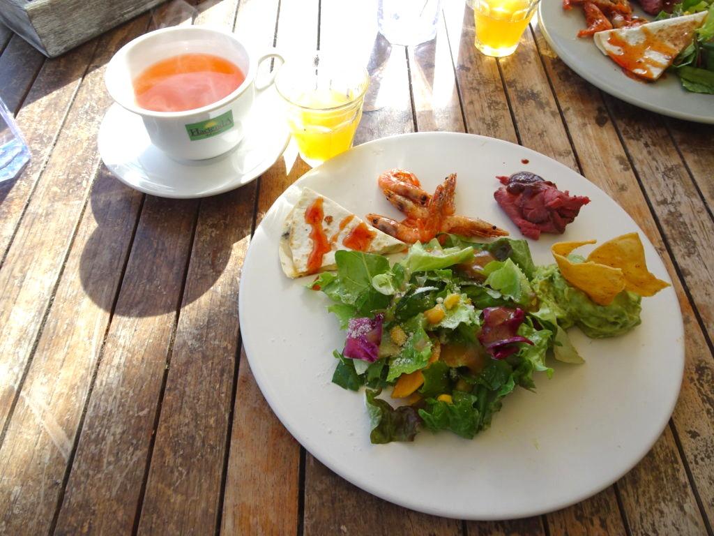 食前酒と前菜とドリンク