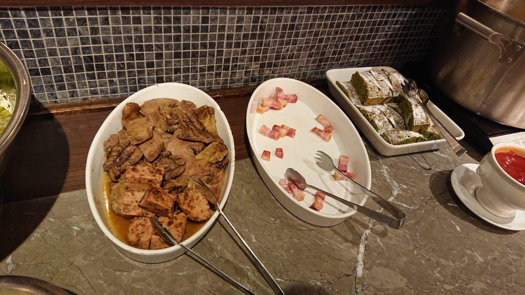 バルマルシェコダマ目黒 ビュッフェの料理2