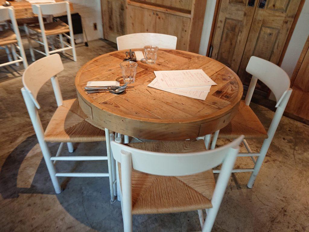 Cheese Tavern CASCINA (チーズタバーン カシーナ) テーブル席