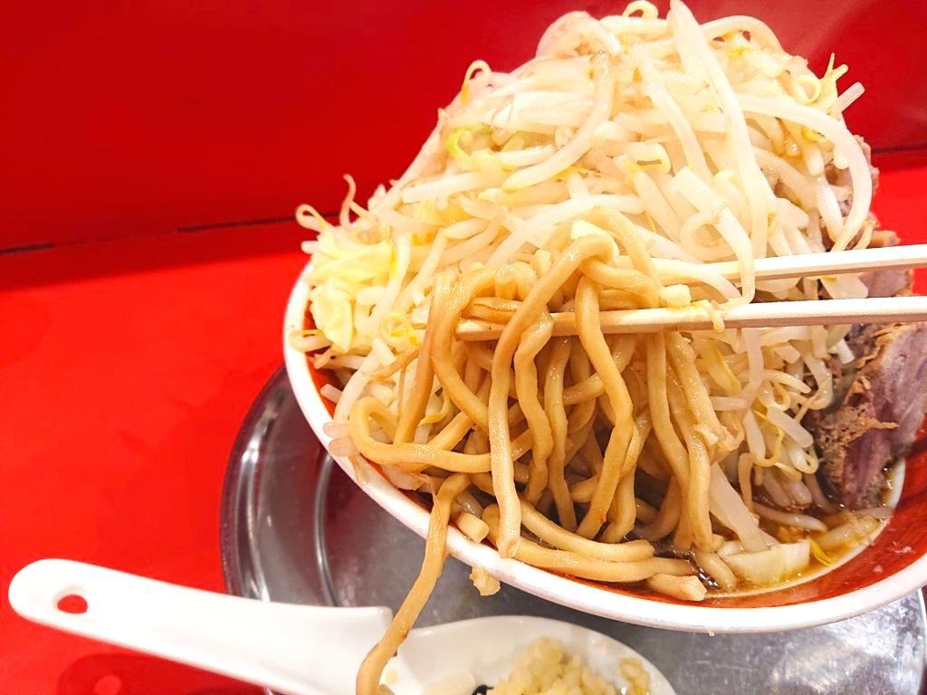ラーメン タロー 五反田の陣の麺