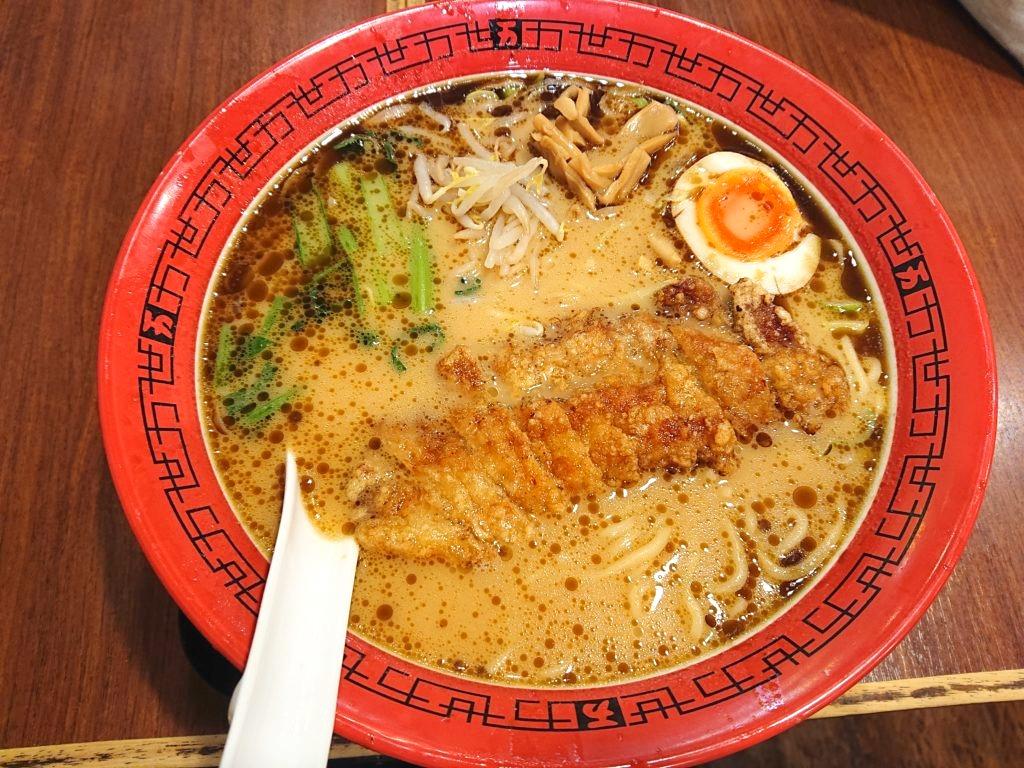 豚骨醤油排骨麺