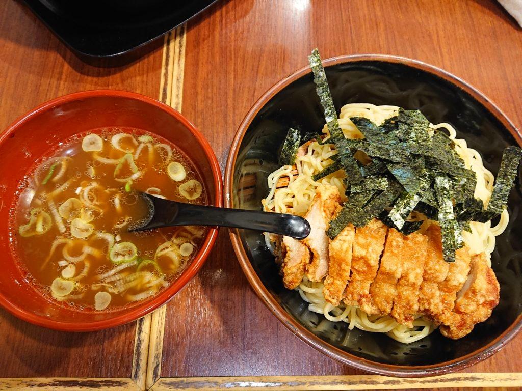 ざる排骨麺
