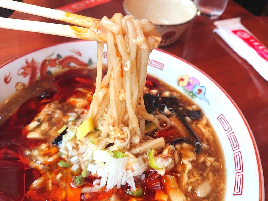 サンラー湯麺の麺