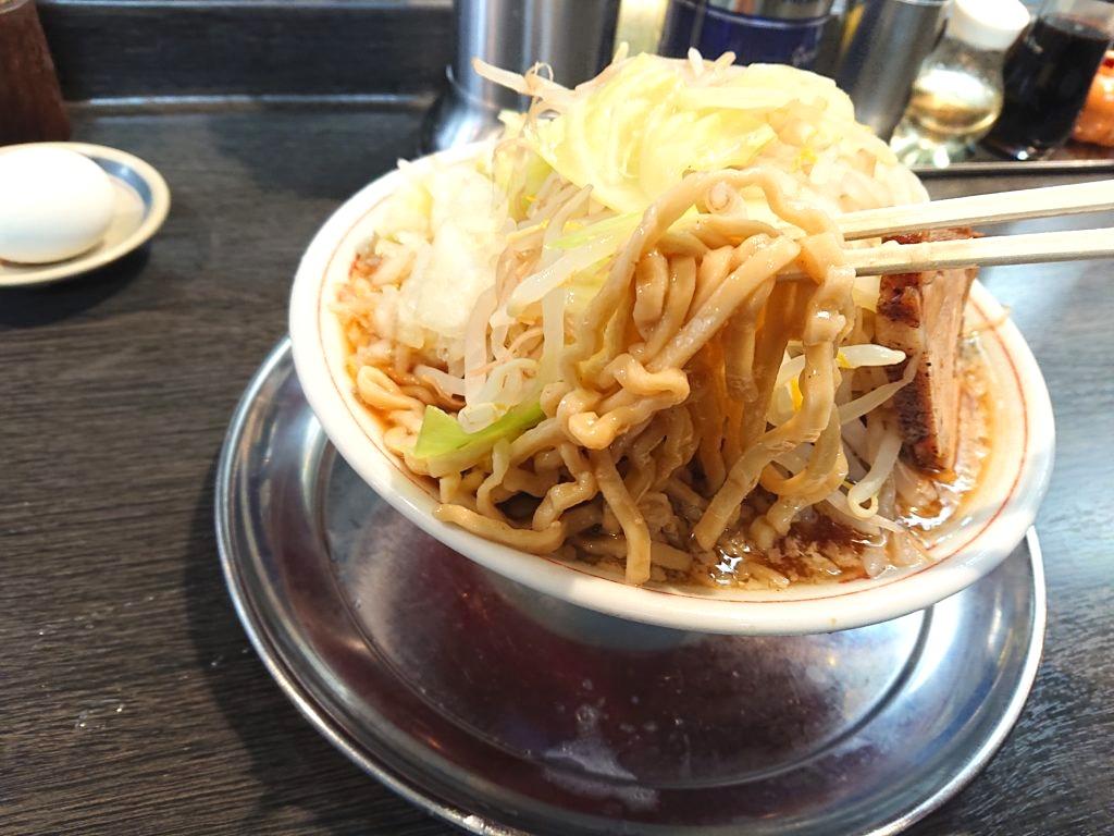 麺屋 婆娑羅 (めんや ばさら) 麺の太さ