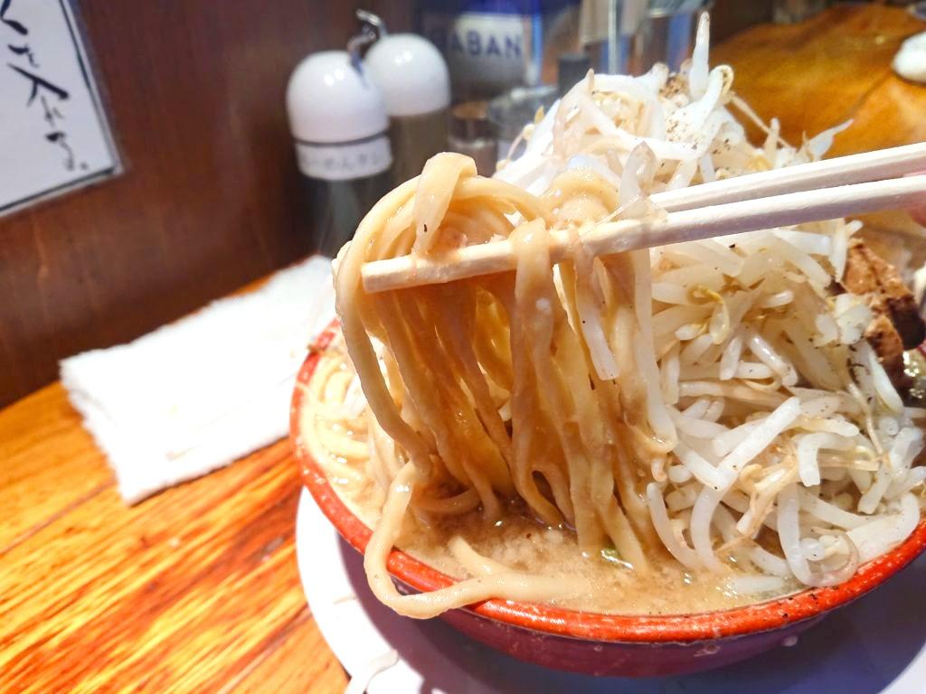 らーめん バリ男虎ノ門 らーめんの太麺