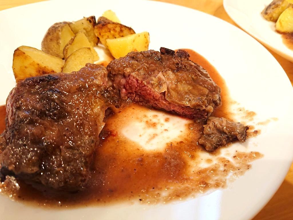 牛ハラミのステーキ1の断面