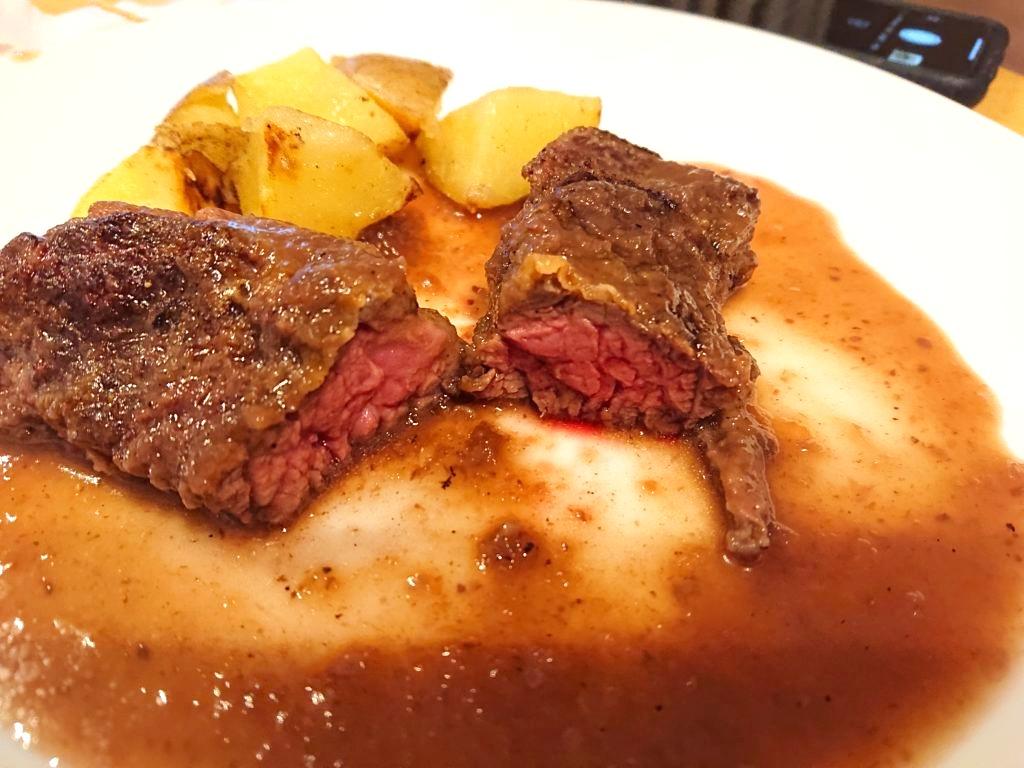 牛ハラミのステーキ2の断面