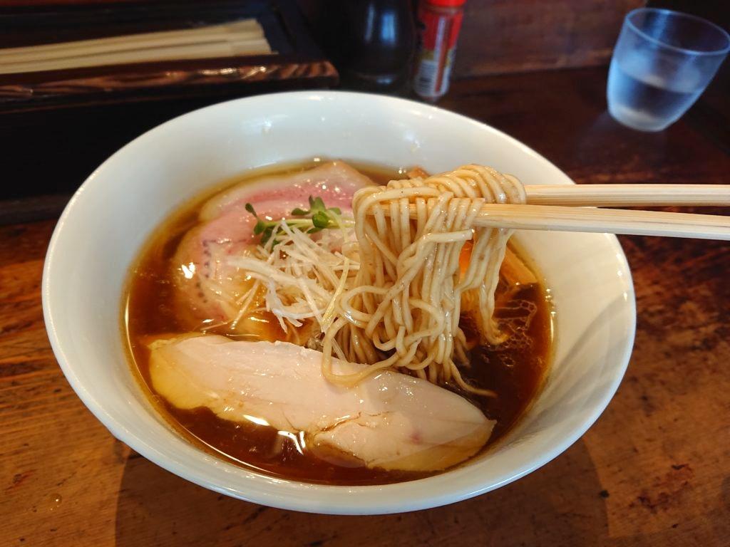 しば田の中華そばの麺