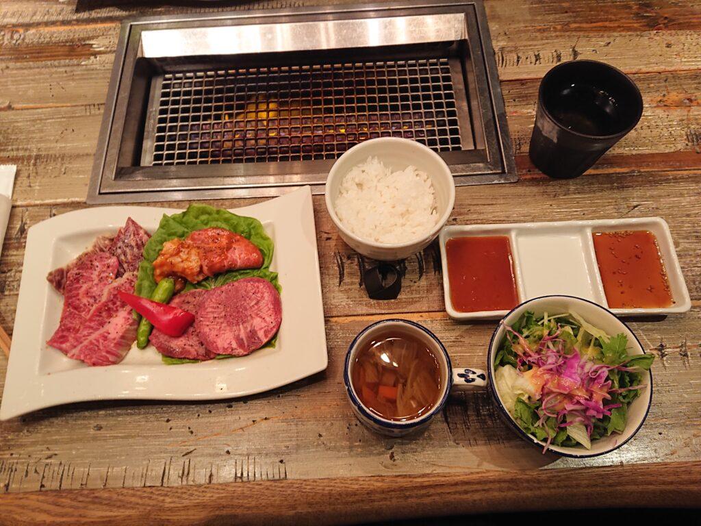 [期間限定]5周年記念 代官山スペシャル焼肉セットの全ての料理