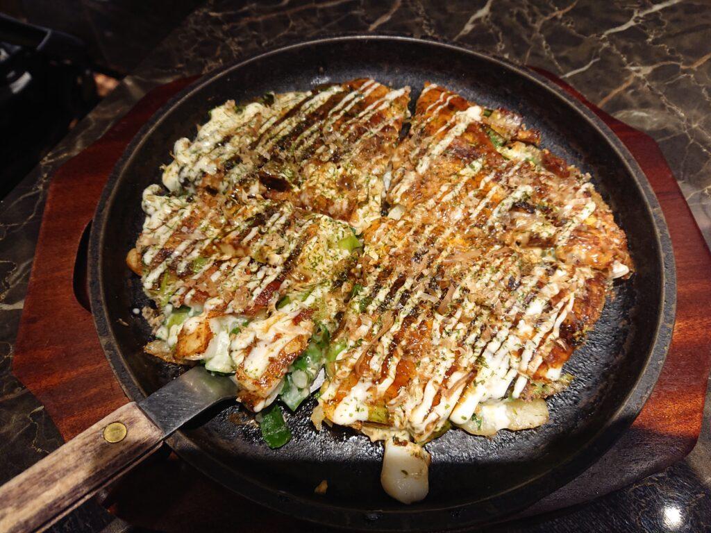 華 千房 恵比寿ガーデンプレイス支店 (はなちぼう) お好み焼き1