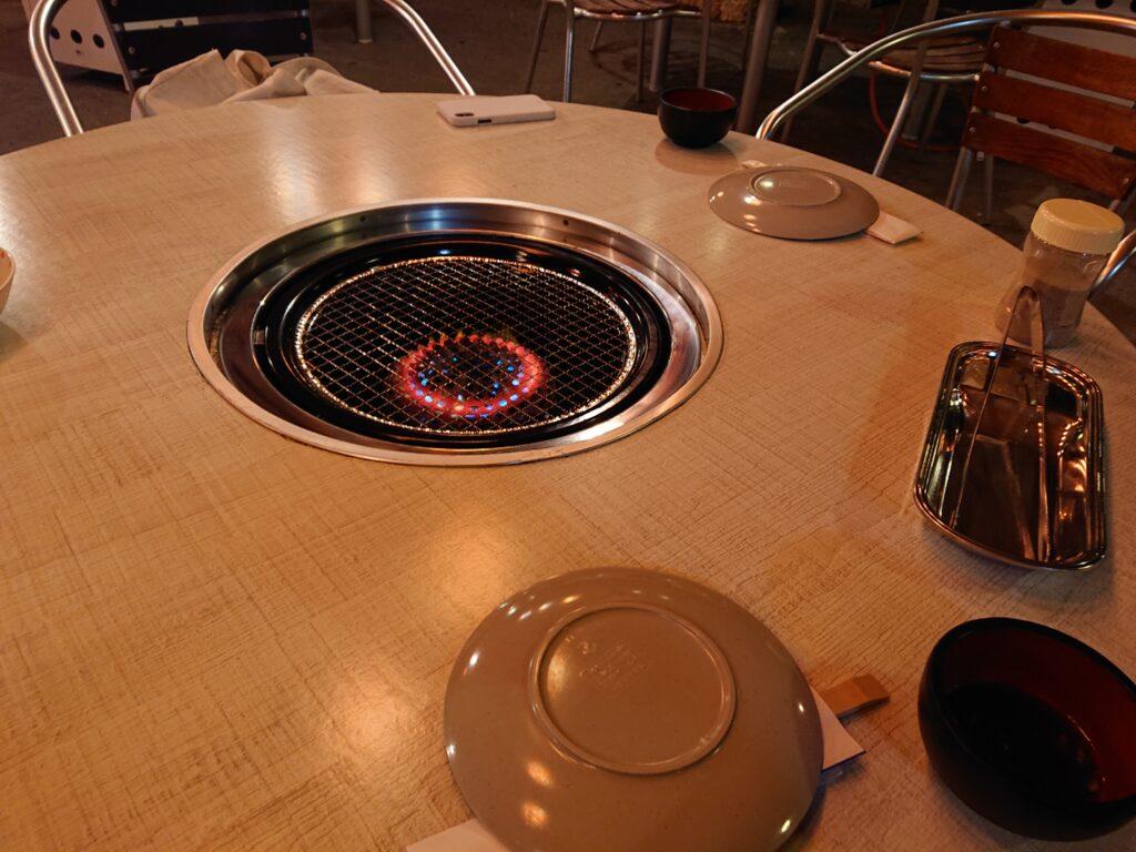 琉球の風 南風屋台村 テーブル