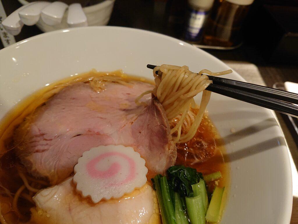 光麟堂@御成門 醤油ラーメンの麺