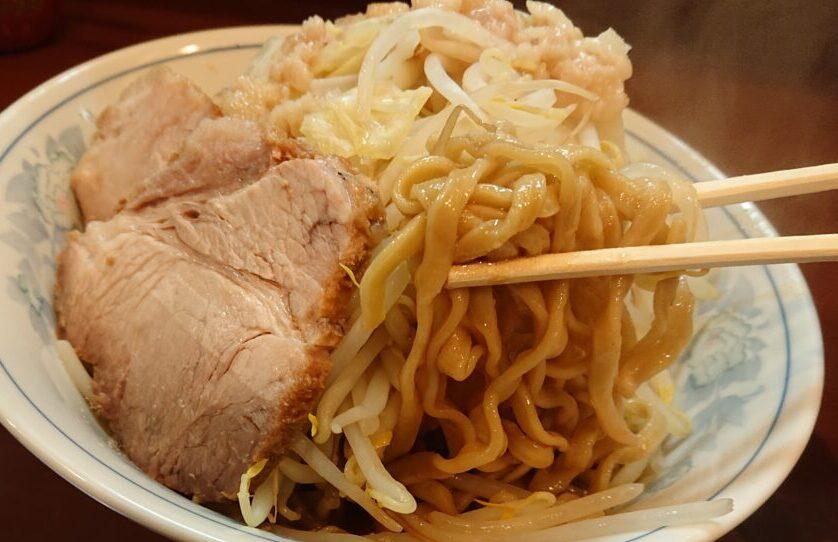 らーめん 陸 (りく)の麺