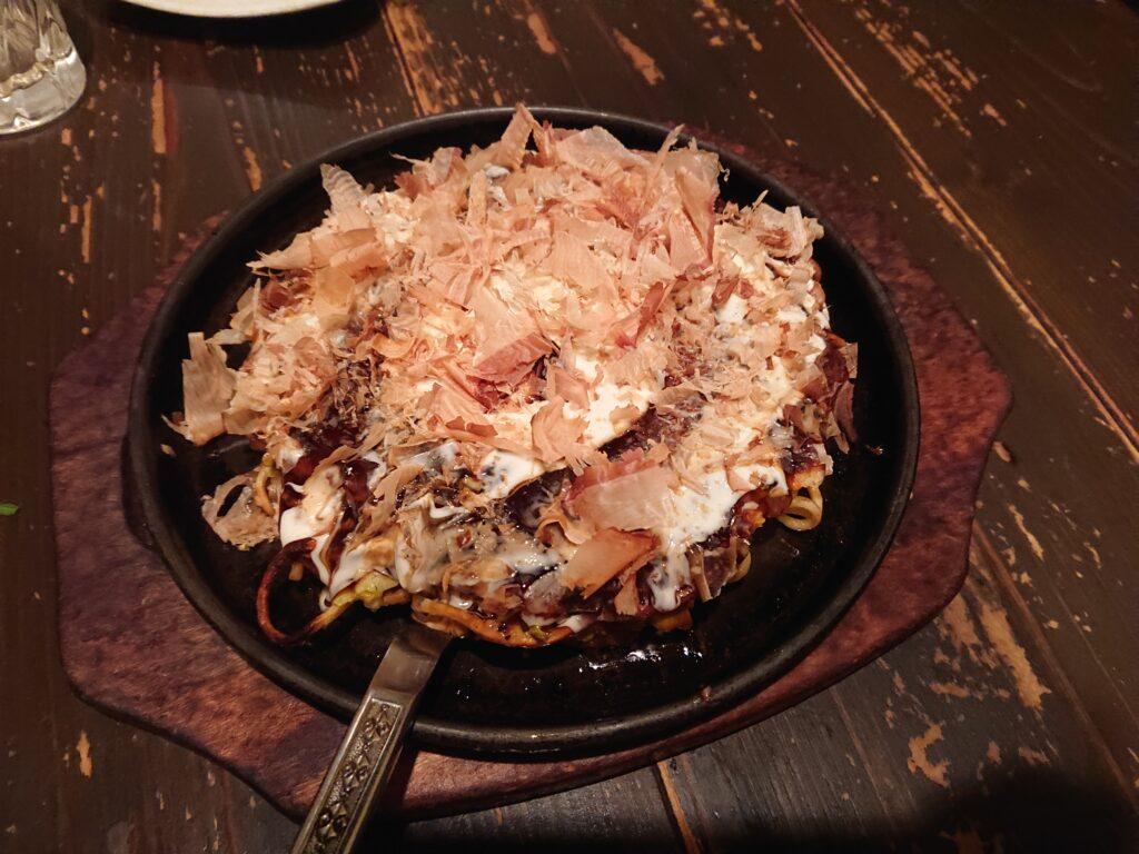MARUYOSHI 赤坂店 (マルヨシ) お好み焼き2