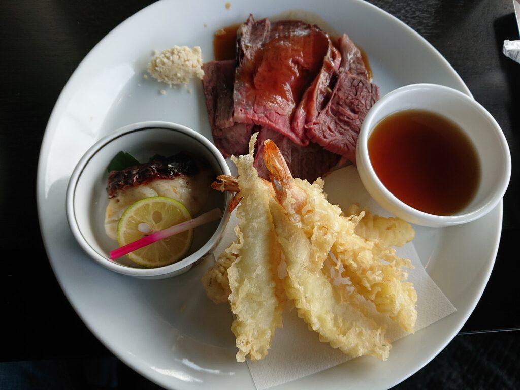 ローストビーフ、タイの塩麴、てんぷら