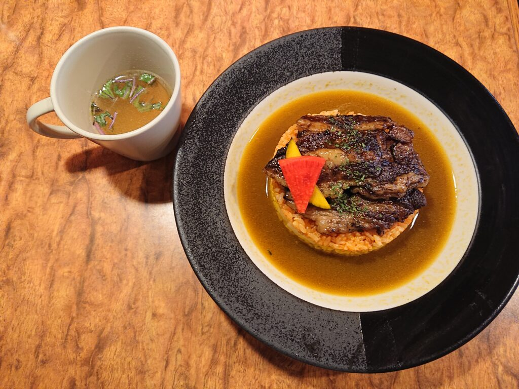 curry and rice 幸正 ビーフカレーとスープ