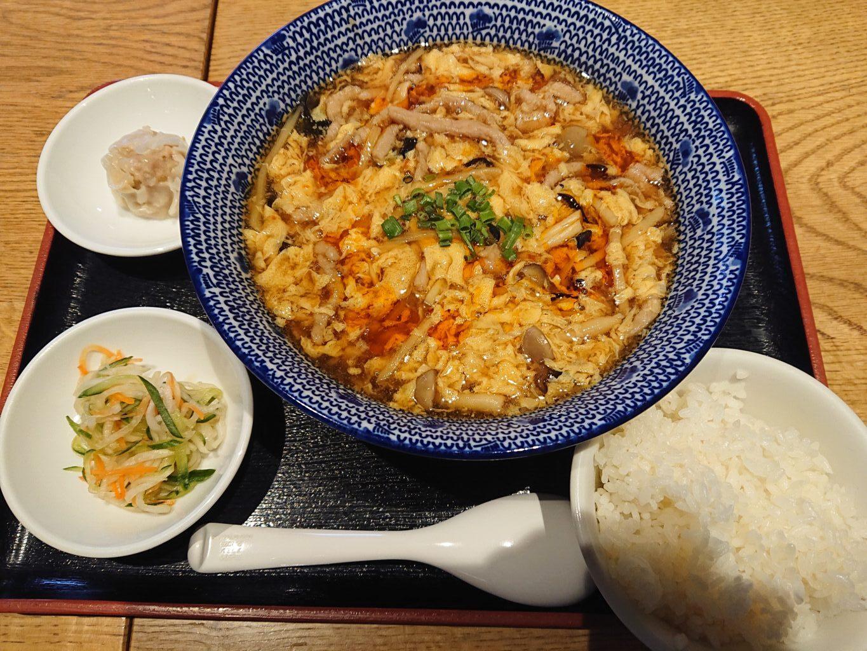 黒酢酸辣湯麵(くろずスーラータンメン)