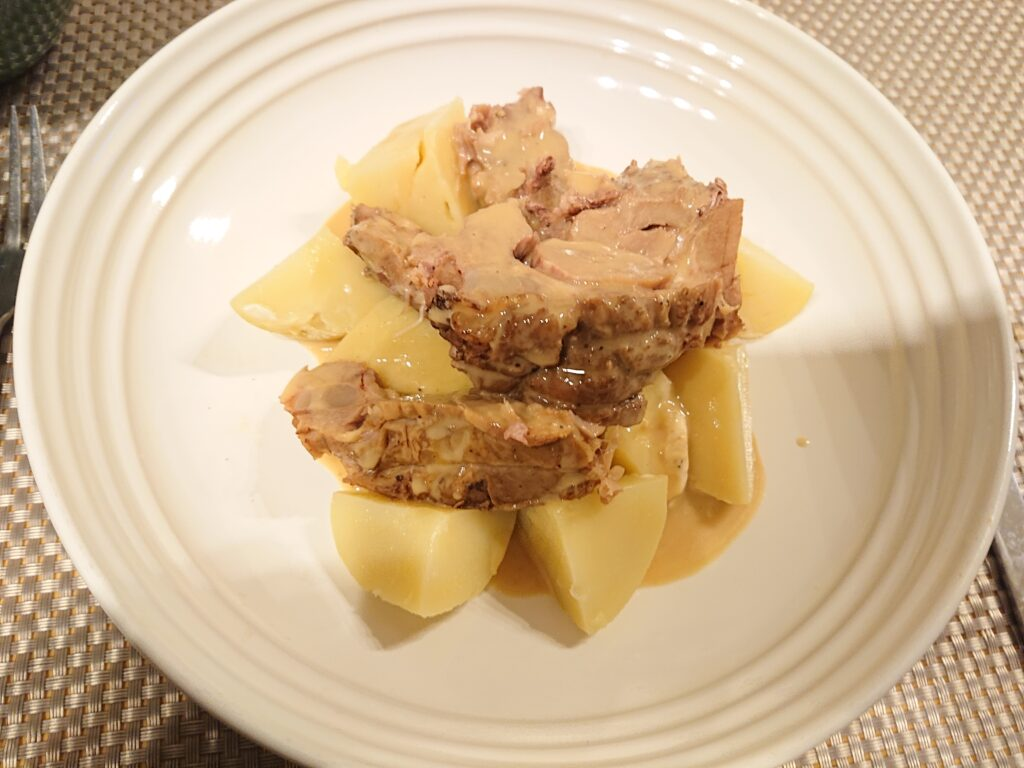 ブランケットドヴォー(仔牛の軽いクリーム煮込み) キタアカリ